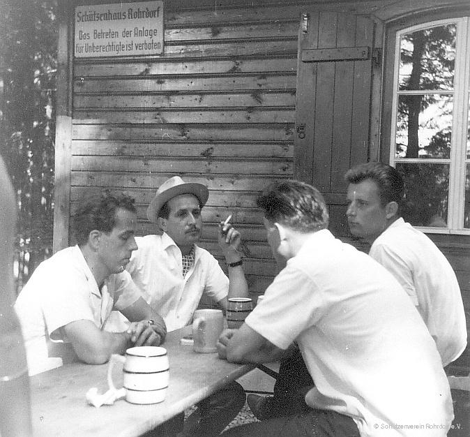 1963_vor_dem_schuetzenhaus