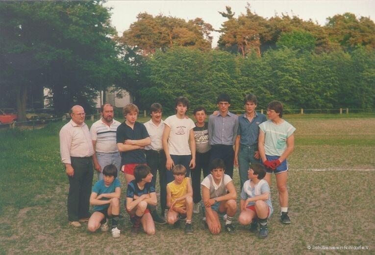 1984_kirrlach_-_egon_hauck_und_jungschuetzen_-_1