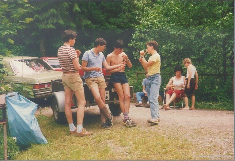1985_hartmut_kuebler_-_juergen_kuebler_-_juergen_held_-_axel_a-_brunner_-_1
