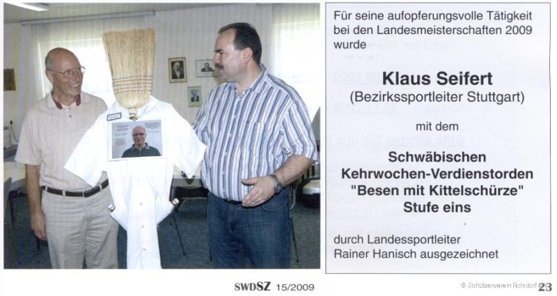 2009_klaus_seifert_-_besen_mit_kittelschuerze_stufe_eins